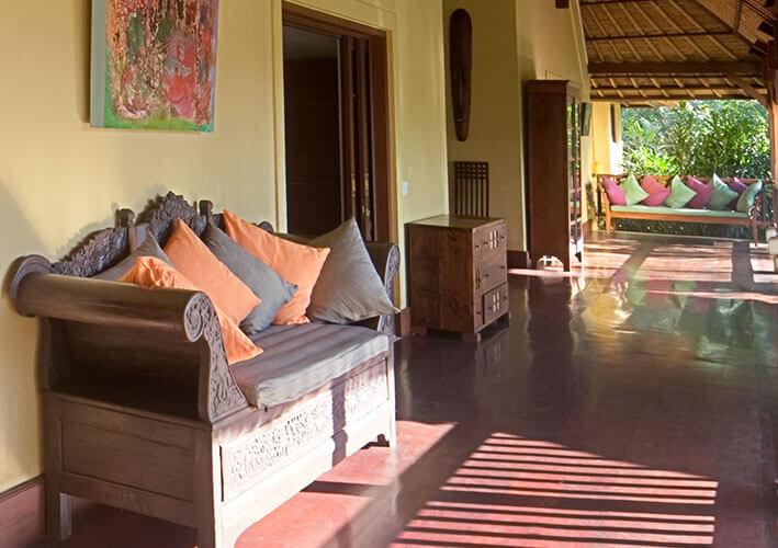Villa Alamanda - Cinammon bedroom