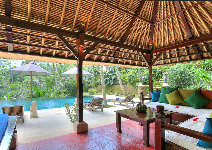Villa Alamanda - Inside pool bale